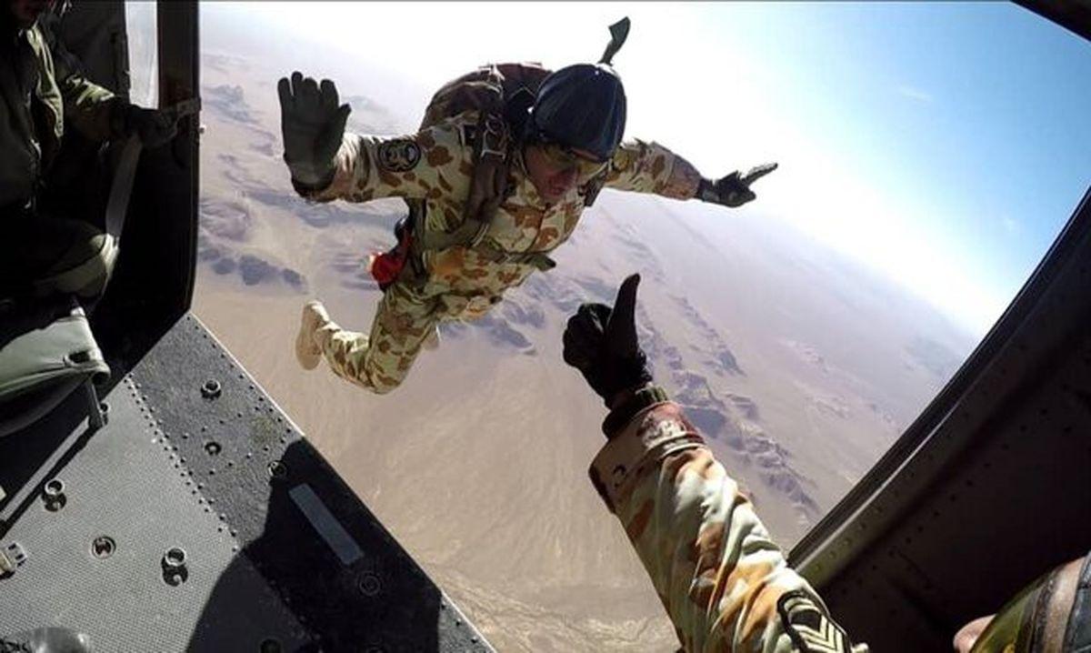خودکفایی تیپ ۵۵ هوابرد ارتش در تولید چترهای اتوماتیک
