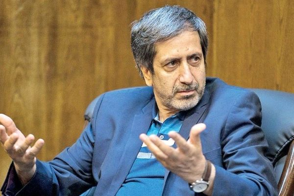 غلامرضا ظریفیان: ورود ظریف به انتخابات با پیچیدگیهایی همراه است/ اگر نهاد اجماعساز به یک گزینه رأیآور اصلاحطلب برسد از ظریف حمایت نمیکند/ اولویت کارگزاران حمایت از هاشمی و بعد از آن جهانگیری است