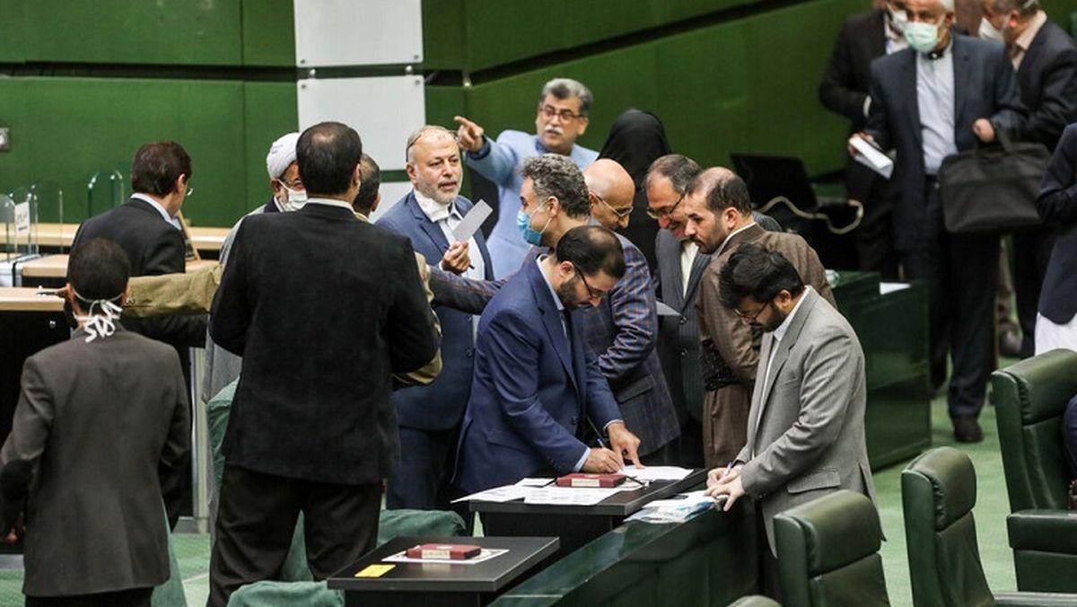 جزئیات ماجرای دناپلاس به روایت ۶ نماینده مجلس