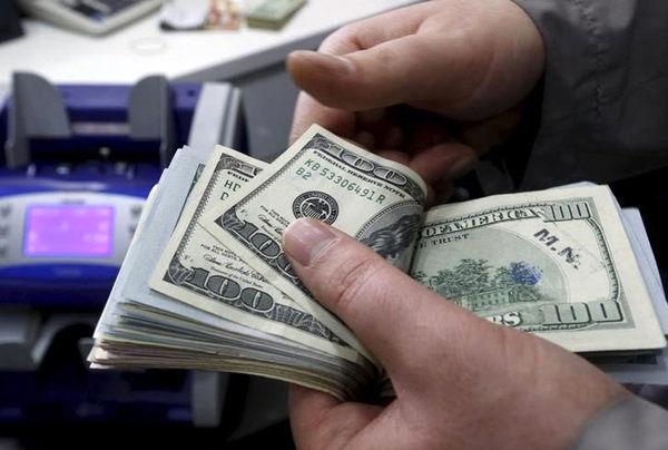 نگهداری 20 میلیارد دلار منابع ارزی ایران در خارج از نظام بانکی