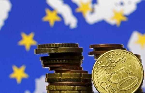 اسپوتنیک: اتحادیه اروپا به دنبال استفاده از یورو به جای دلار در تجارت با ایران است