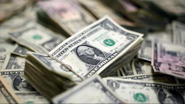 دلار وارد مسیر کاهشی شد / تعدیل خریدها در بازار