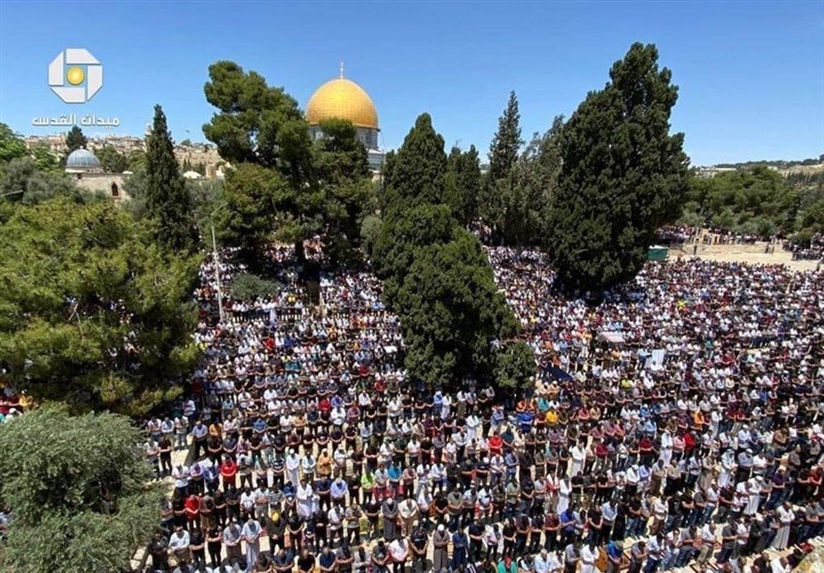 حضور گسترده نمازگزاران فلسطینی در مسجدالاقصی