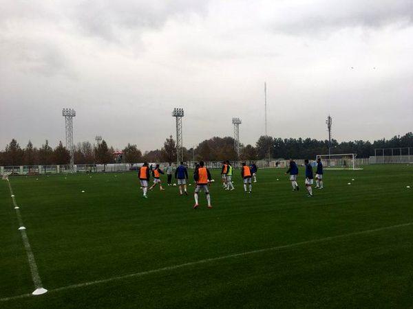 تمرین تیم ملی فوتبال/  بیرانوند زیر باران لگد و کتک خورد