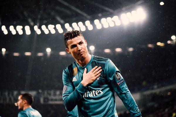 لحظه به لحظه با یکی از برترین گلهای تاریخ لیگ قهرمانان+تصاویر
