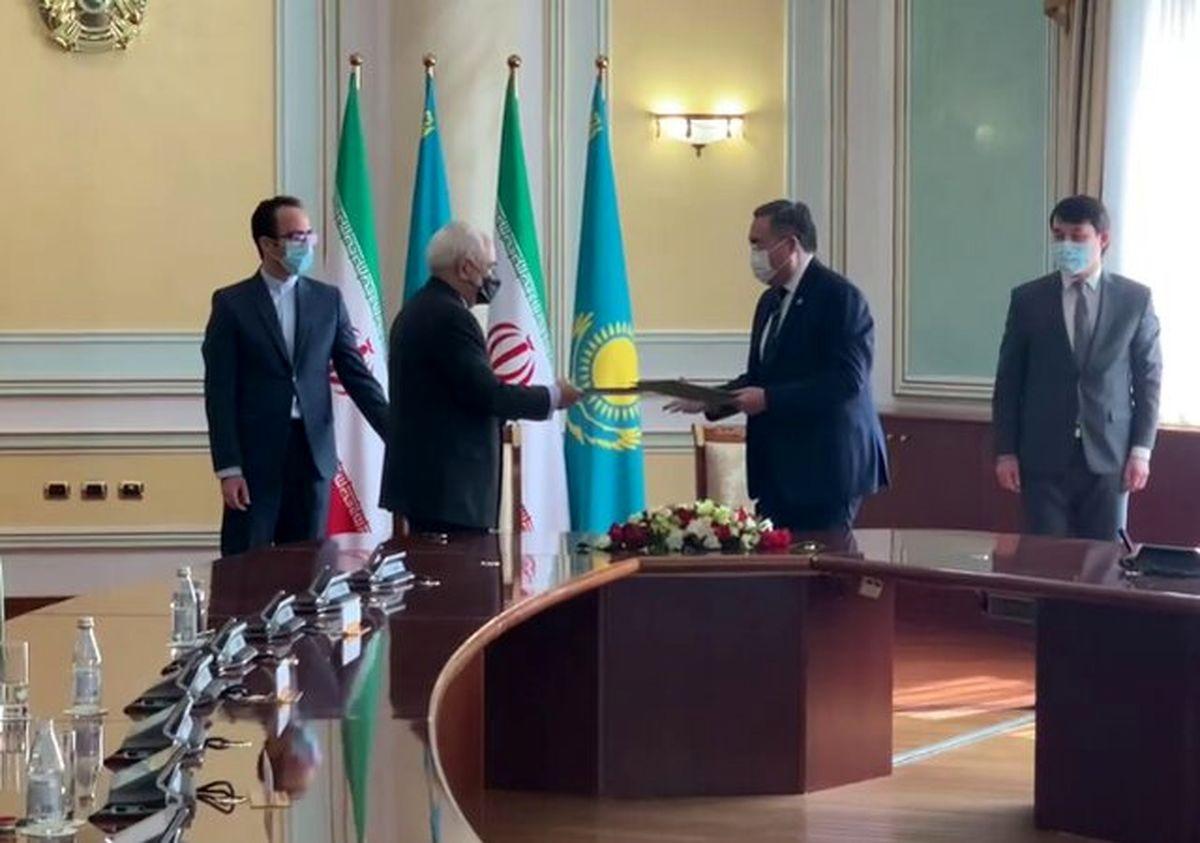 امضای برنامه همکاری میان وزارت خارجه ایران و قزاقستان
