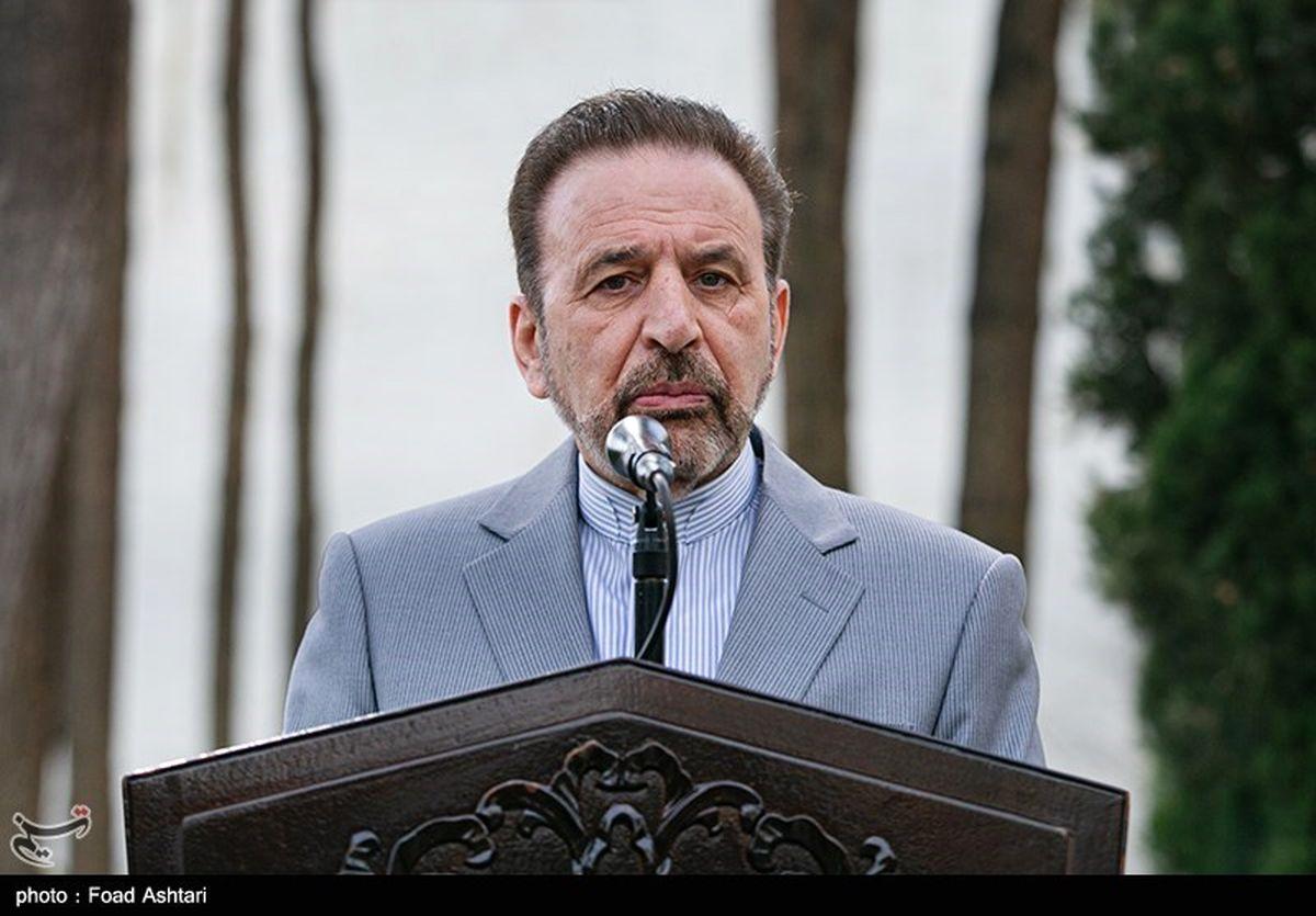 واعظی: دولت رقیب هیچکدام از نامزدهای انتخابات نیست