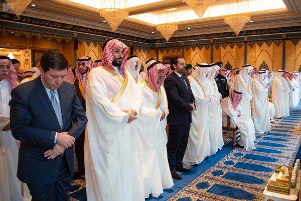 تصاویر| حریری نماز عید را در کنار چه کسانی اقامه کرد؟