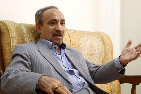 محمدرضا خباز: نامزدنشدن ظریف از سر عافیتطلبی نبود/ با کنارهگیری ظریف کار برای اصلاحطلبان تمام نشده است/ بر لاریجانی اجماعی شکل نمیگیرد/ برخی برای یک دستمال قیصریه را به آتش میکشند