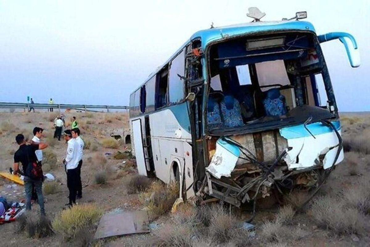 ۴ کشته و ۲۱ مصدوم در تصادف اتوبوس یزد - مشهد