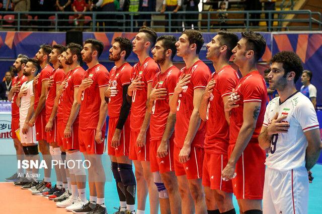 دیدار تیمهای والیبال ایران و استرالیا در ورزشگاه حسین رضازاده اردبیل