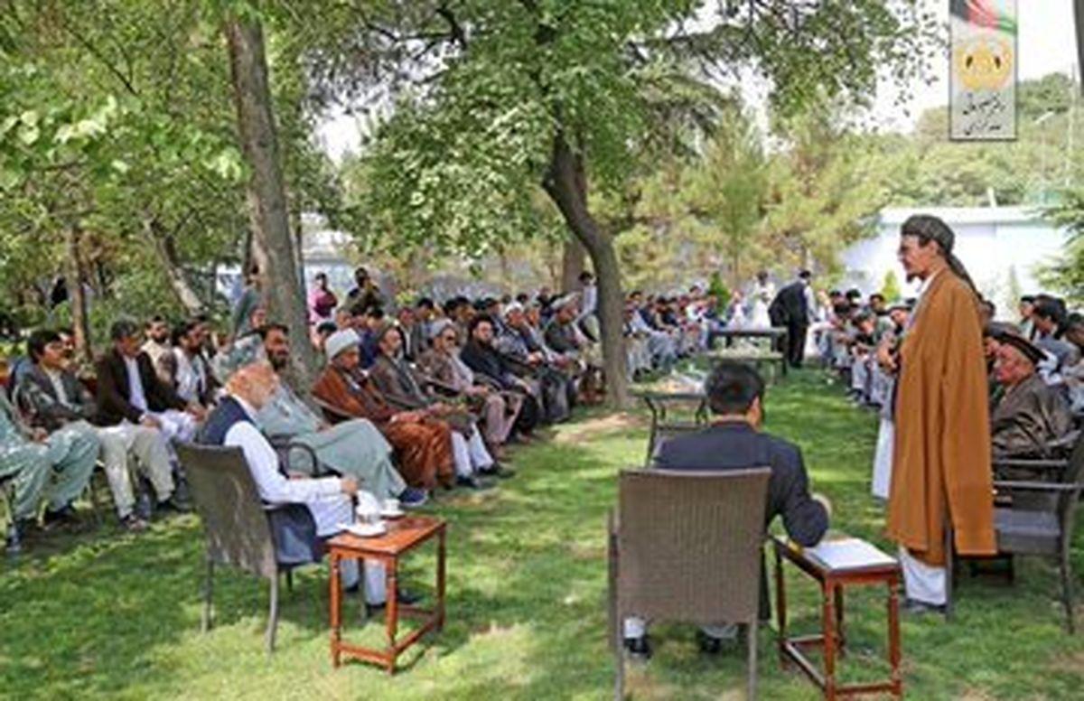 دیدار بزرگان افغانستان با کرزای