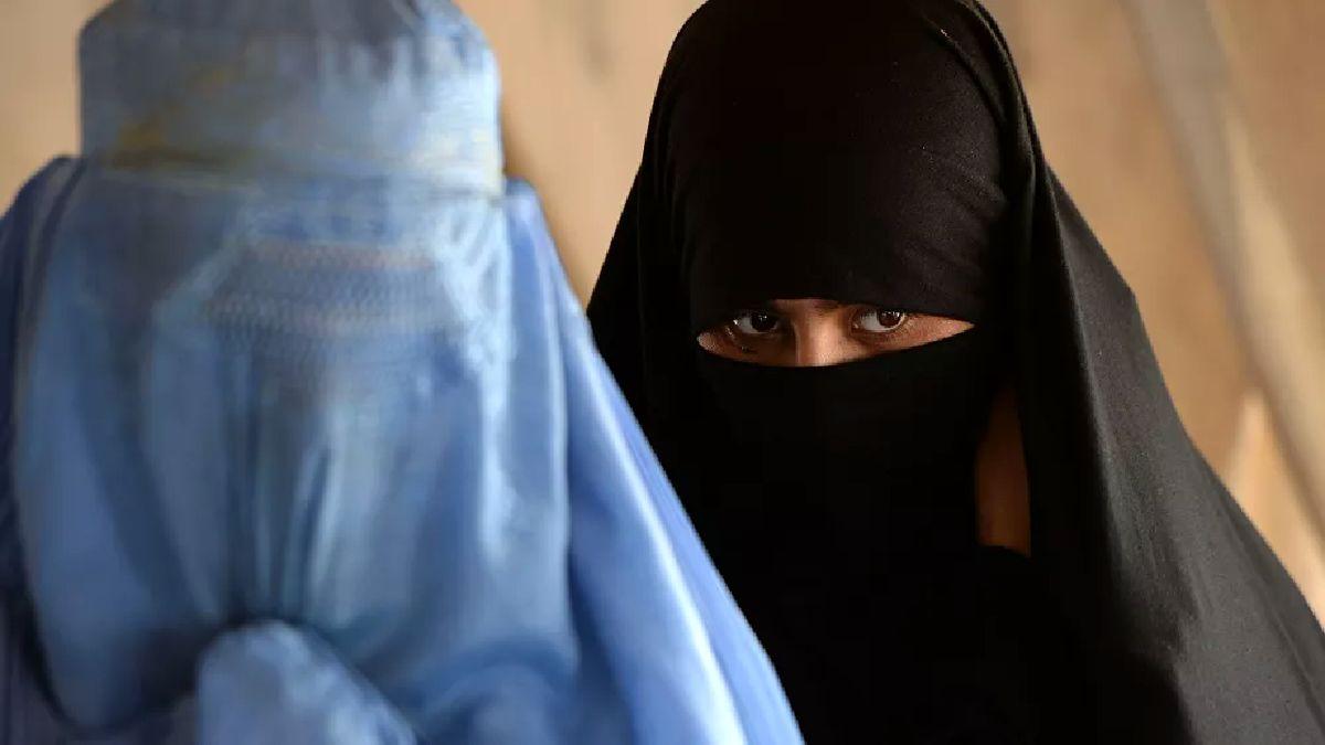 نخبههای ارتش انگلیس با لباس زنانه از دست طالبان در رفتند!