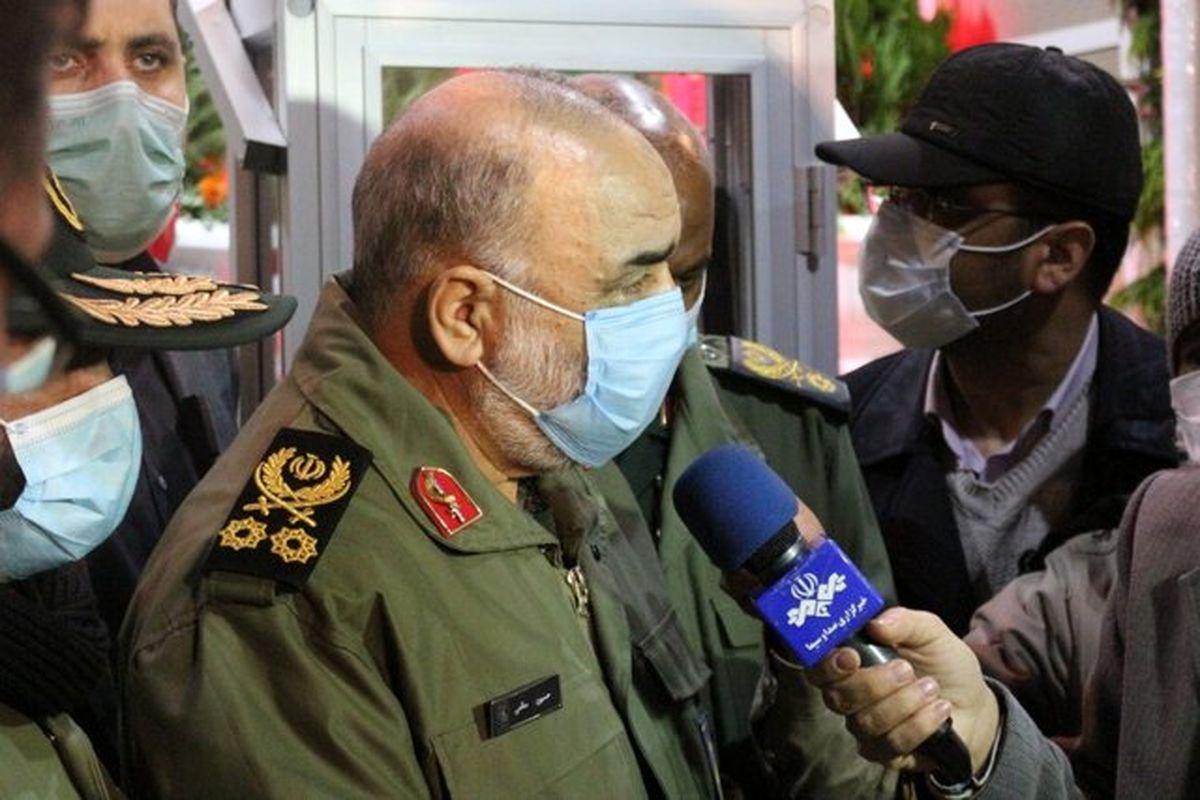 سردار سلامی: اجازه نمی دهیم خون شهید سلیمانی بدون قصاص باقی بماند