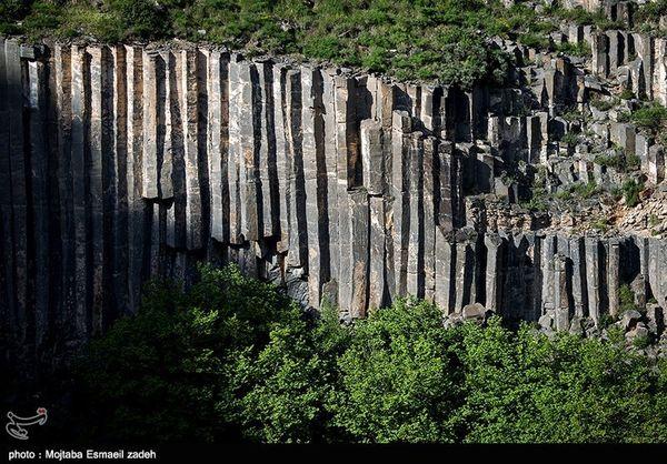 نخستین پل شیشهای ایران در منشورهای بازالتی ماکو احداث میشود