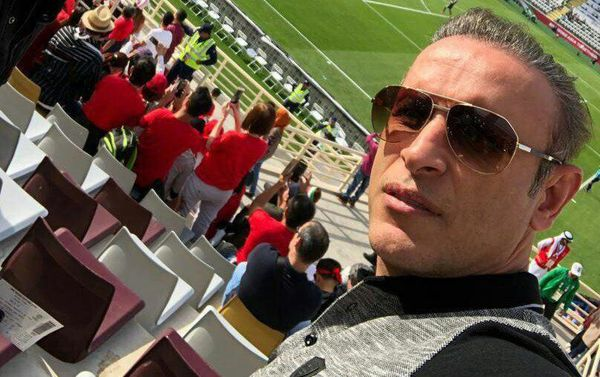 سلفی یحیی گلمحمدی در ورزشگاه محل برگزاری ایران و ویتنام (عکس)