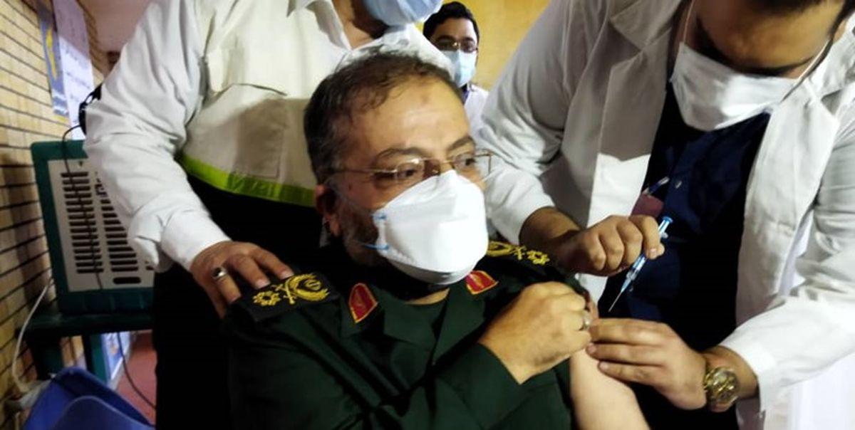 سردار سلیمانی در زاهدان واکسن برکت زد