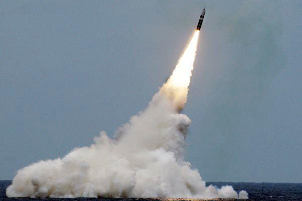 موشک بالستیک هستهای تریدنت از زیردریایی یو اس اس مین شلیک شد